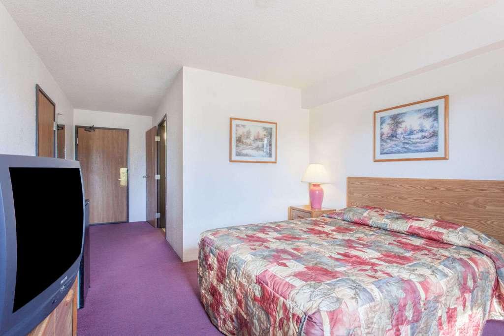 super 8 saanichton sterling hotels canada rh sterlinghotelscanada com